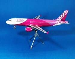 画像1: Gemini Jets 1/200 Peach Aviation ピーチ A320 [JA807P] 7号機